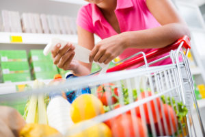 Homecare in Arlington VA: Food Safety While Grocery Shopping